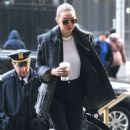 Gigi Hadid – Arrives at Manhattan Criminal Court in New York City