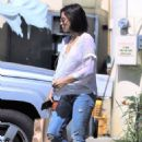 Jenna Dewan out for lunch in Los Angeles