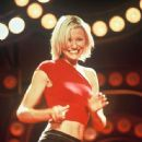 Cameron Diaz in Charlie's Angels (2000) - 445 x 683