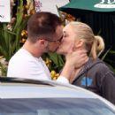 Leann Rimes And Her Husband Dean Sheremet Say Goodbye In LA, 2009-03-22 - 454 x 450