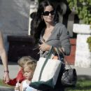 Courteney Cox Takes Her Daughter Coco To School In Beverly Hills 2007-09-24