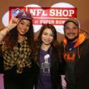 Miranda Cosgrove Super Bowl Xlix Nfl Shop Grand Opening In Phoenix
