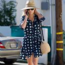 Reese Witherspoon at Beauty Park Medical Spa in Santa Monica - 454 x 681
