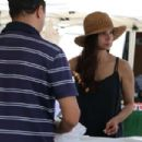 Roselyn Sanchez – Shopping at the Farmer's Market in Studio City - 454 x 303