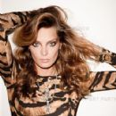 Daria Werbowy - Vogue Magazine Pictorial [Russia] (October 2011)