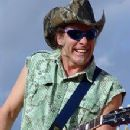 Ted Nugent - 220 x 293