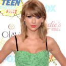 Taylor Swift attends FOX's 2014 Teen Choice Awards at The Shrine Auditorium on August 10, 2014 in Los Angeles, California