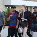 Sophie Turner – Head Out For Some Shopping And Lunch With Boyfriend Joe Jonas in Miami 12/30/ 2016