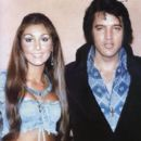 Elvis Presley and Linda Thompson - 397 x 585