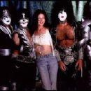 Wendy Moore with kiss - 302 x 210