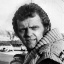 Jerry Reed - 355 x 465