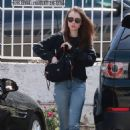 Lily Collins – Heading for lunch at Tokyo Cube in Studio City