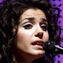 Katie Melua Performs On Stage During A Concert In Zurich 2008-04-11