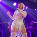 Bebe Rexha – 103.5 KISS FM's Chicago Jingle Ball in Rosemont