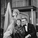 High Spirits (musical) 1964 Original Broadway Cast Starring Beatrice Lillie Tammy Grimes Edward Woodward - 443 x 550