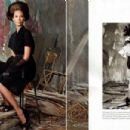 Christy Turlington - Vogue Magazine Pictorial [Italy] (August 2010) - 454 x 302