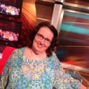 Phyllis Smith - 454 x 608