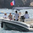 Nicole Richie and Joel Madden: Out on the Water in the South of France - 454 x 308