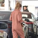 Ellen Pompeo – Out in Beverly Hills - 454 x 689