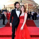 Rose Leslie and Kit Harington : The Olivier Awards 2017 - 390 x 600