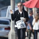 Amy Adams – Leaves Kings Road Cafe in West Hollywood
