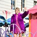 Debbie Gibson – 93rd Macy's Thanksgiving Day Parade in NYC - 454 x 682