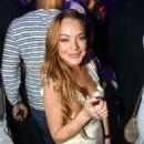 Lindsay Lohan Parties At The Vip Room In Dubai
