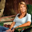 Lori Loughlin as Ava Gregory in Summerland - 454 x 255