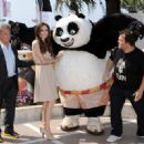 Angelina Jolie - Kung Fu Panda 2 Photocall - Cannes Film Festival (May 12, 2011) - 454 x 329