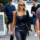 Sofia Richie and Scott Disick – Shopping in Manhattan