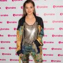 Hailee Steinfeld – Apperance on Lorraine in London