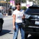 Jennifer Love Hewitt Leaves Good Earth Restaurant In Studio City 07-30-2010