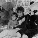 Julian Lennon - 454 x 333