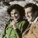 Maureen O'Sullivan and Robert Taylor - 454 x 267