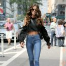 Izabel Goulart – Arrives at 2017 Victoria's Secret Fashion Show Casting in NYC - 454 x 681