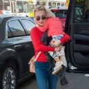 Hayden Panettiere at LAX airport in Los Angeles - 454 x 694