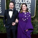 Ben Falcone and Melissa McCarthy At The 76th Annual Golden Globes (2019) - 400 x 600