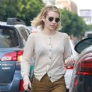 Emma Roberts – Out in Hollywood - 454 x 681