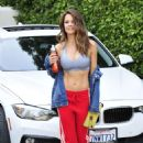 Brooke Burke – Leaving a workout class in Malibu - 454 x 681