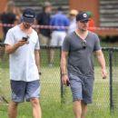 Elsa Pataky, Chris Hemsworth and Matt Damon at a local park in Byron Bay - 454 x 575