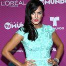 Ana Lorena Sánchez- 'Premios Tu Mundo' Awards 2015 - 400 x 600