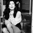 Cher - 454 x 694