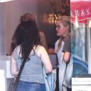 Ava Phillippe working as a hostess at Pizzana Pizza in Brentwood - 454 x 682