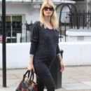 Claudia Schiffer - Drops Her Kids Off At School In London 28 April 2010