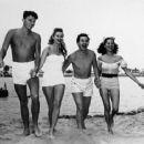 Ronald, Virgina Mayo, Eddie Bracken & Dona Drake - 454 x 365