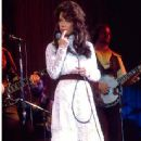 BEVERLY D'ANGELO as Patsy Cline in Universal Pictures'. Pictures drama / music Coal Miner's Daughter