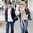 Jennifer Love Hewitt Shopping At Kitson In L.A, May 27, 2010