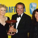Angela Lansbury, Robert Wagner and Katherine Haber - The 2003 Annual BAFTA/LA Cunard Britannia Awards - 454 x 296