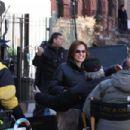 "Mariska Hargitay - On ""Law And Order: SVU"" Set In Harlem, 24.03.2009."