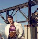 Hailee Steinfeld – Glamour Spain Magazine (February 2019)